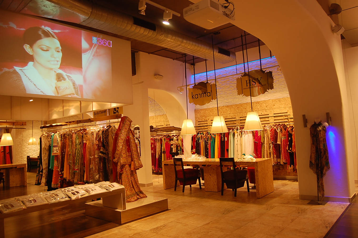 Where To Shop For Exclusive Pakistani Wear In Delhi D