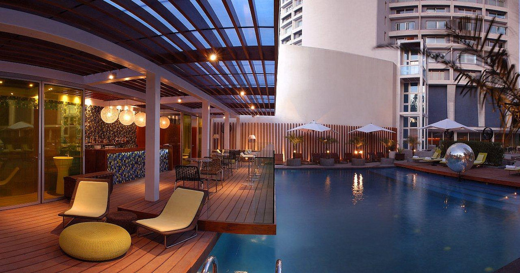Pool side dining in the ncr go sassy d for delhi - Pool dining ...