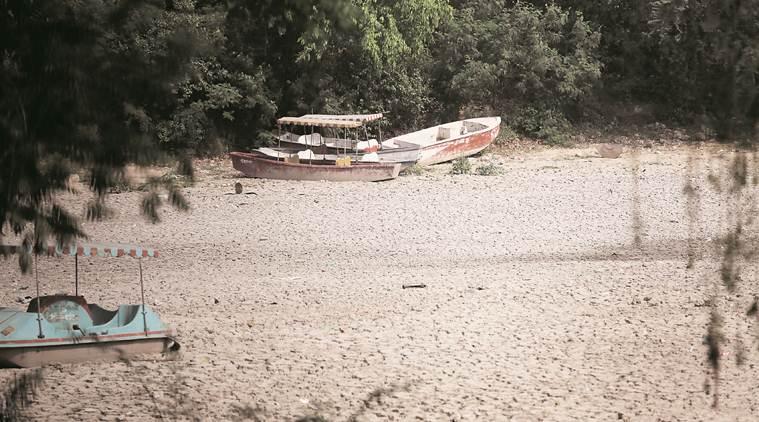 Purana Qila Lake