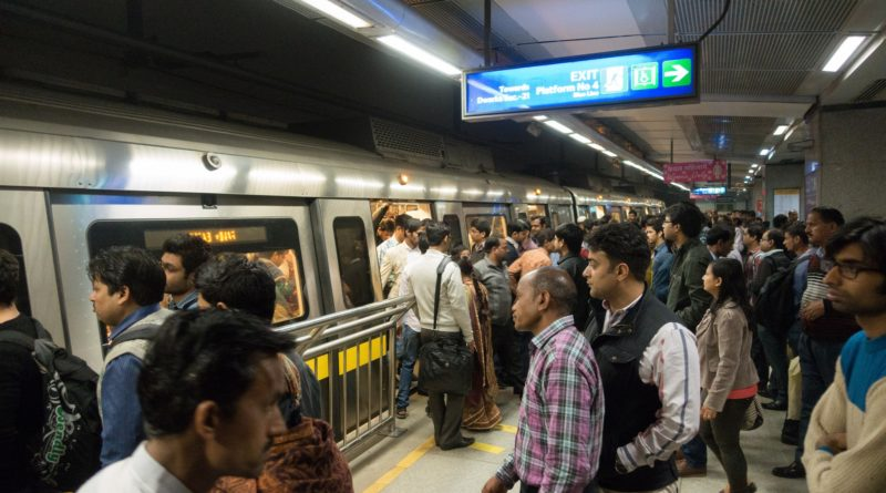 OMG! Delhi Metro To Increase Travel Fare From October!!