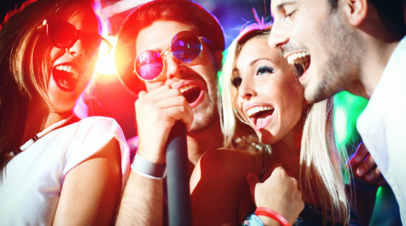 Sing Your Heart Out At These 5 Amazing Karaoke Nights In Delhi