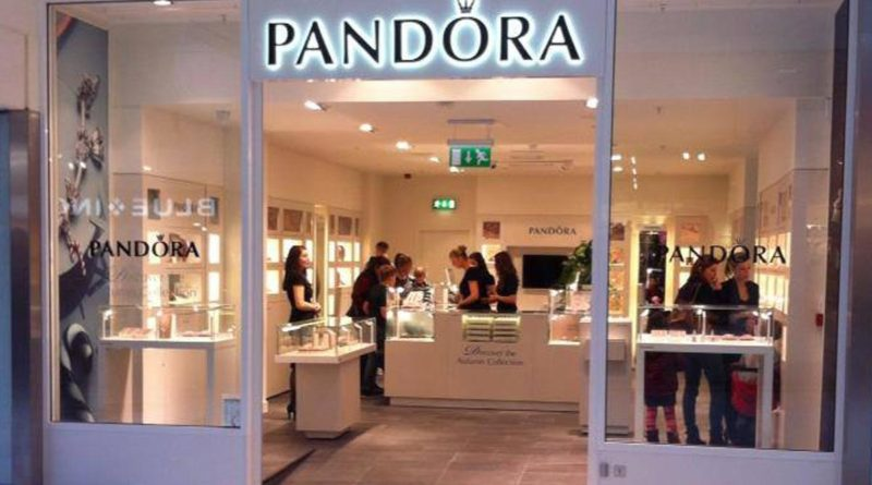 Charmed Bracelet Lovers! Get Your Fix Of Jewelleries At Pandora's First Delhi Outlet