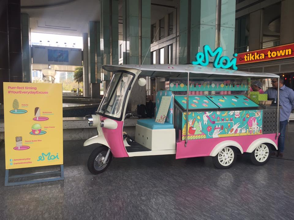 Emoi - The Tuk Tuk Ice Cream Parlour Has Finally Made It To Noida! *SCOOT* EVERYONE!