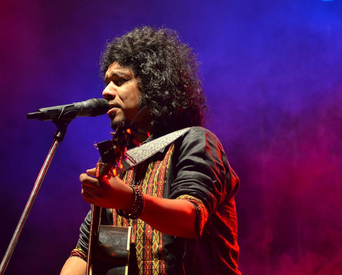 Jiyein Kyun? To Watch Papon Jam And Electrify The Crowd At The Big Tap Fest Of Course!
