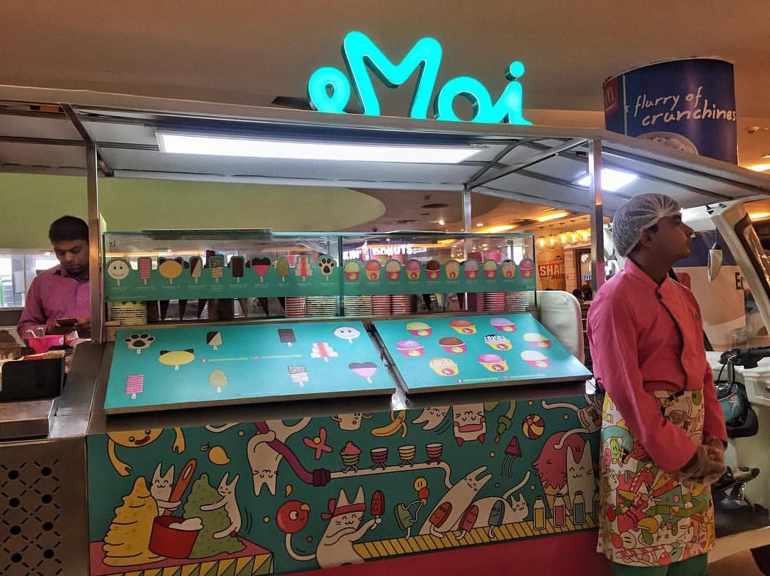 Emoi - Delhi's First Tuk Tuk Ice Cream Parlour Is Now Stationed At DLF Place, Saket!