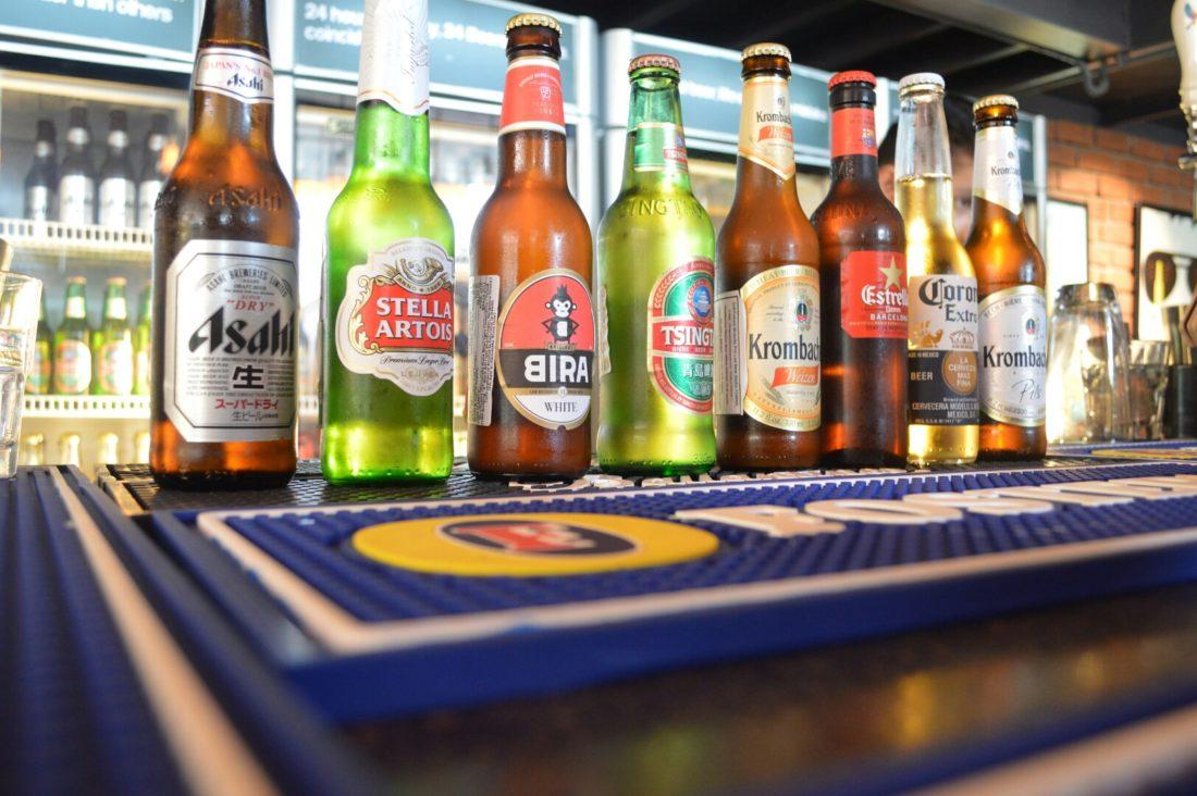 Delhi Is Wet Again! Government To Start Issuing Liquor Licenses To 50 Restaurants!