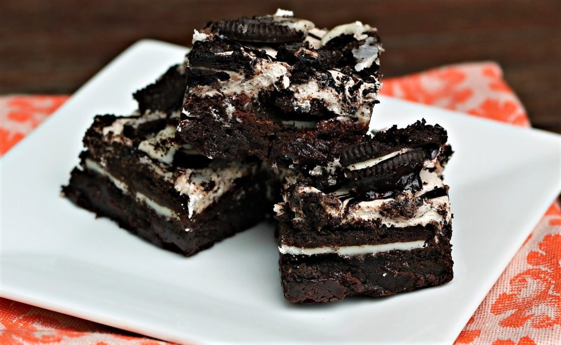 Drop Everything! This Oreo Brownie Is An Overload Of Chocolatey Emotions!