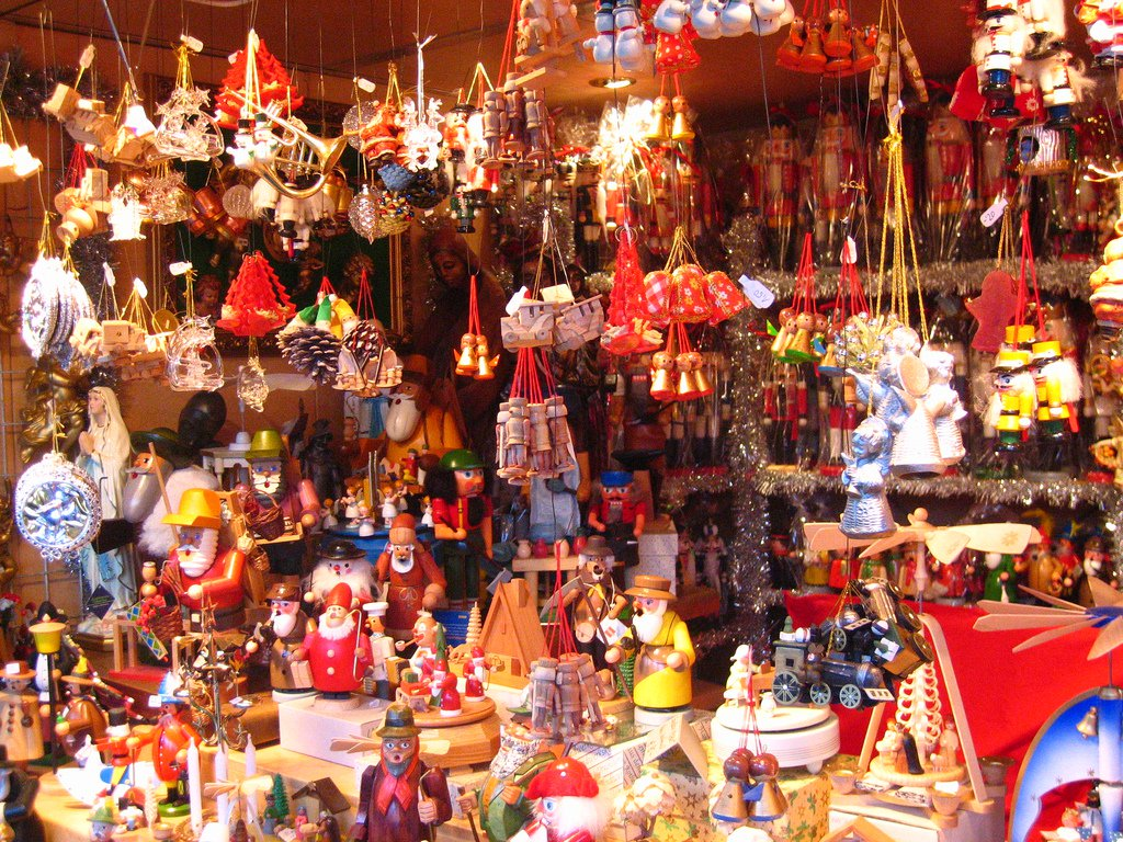 This Christmas Flea Market In Epicuria Has Everything You'll Need This Holiday Season