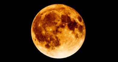Delhi To Witness The 'Super Blue Blood Moon' Tonight!