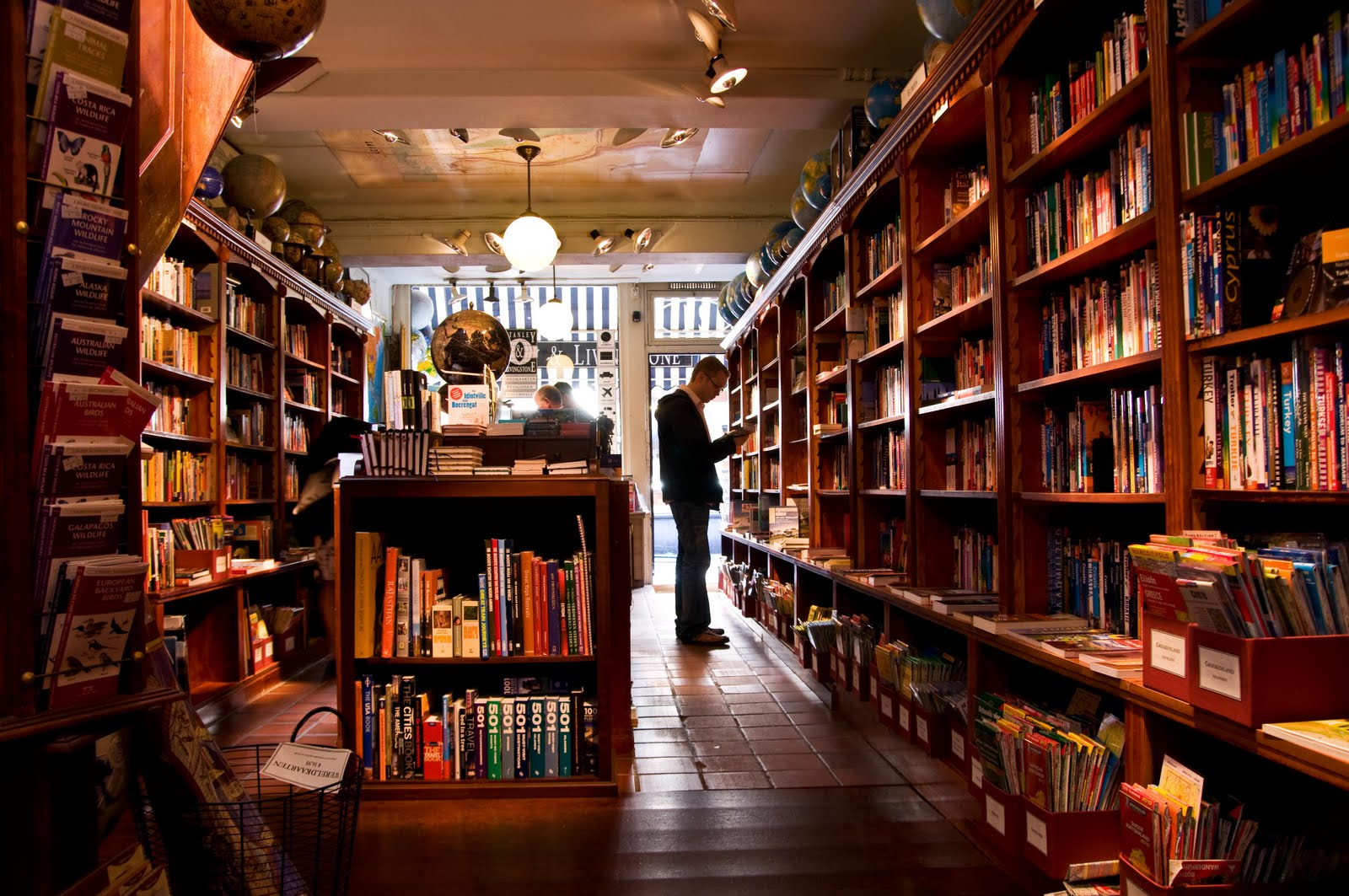 If You Haven't Visited These 6 Bookstores In Delhi You Aren't A True Bibliophile
