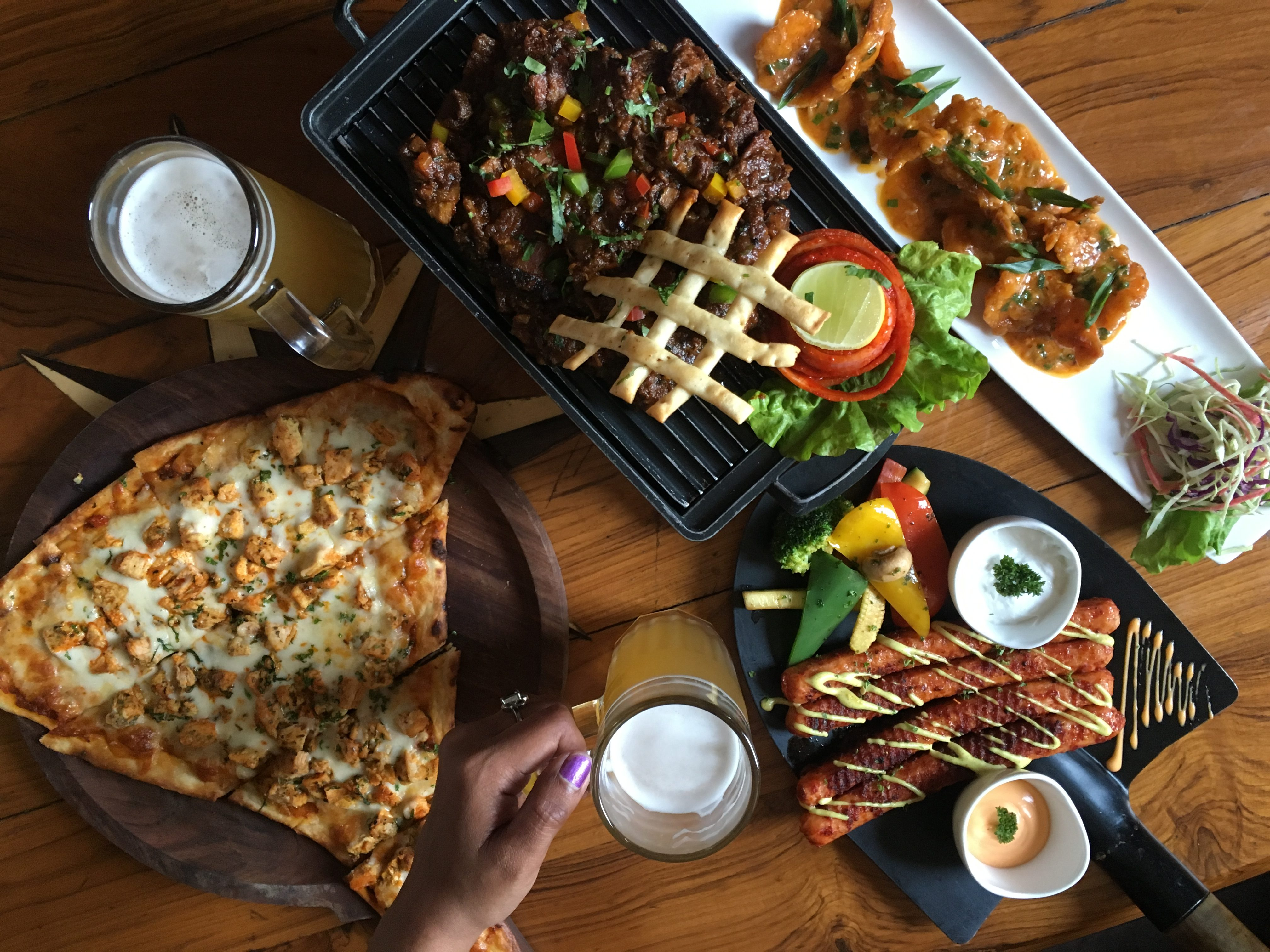 lunch combos at just INR 200