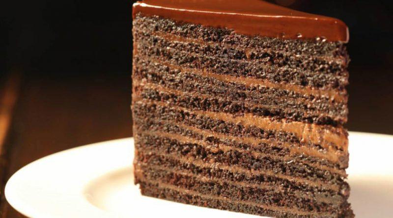 10 layered chocolate cake