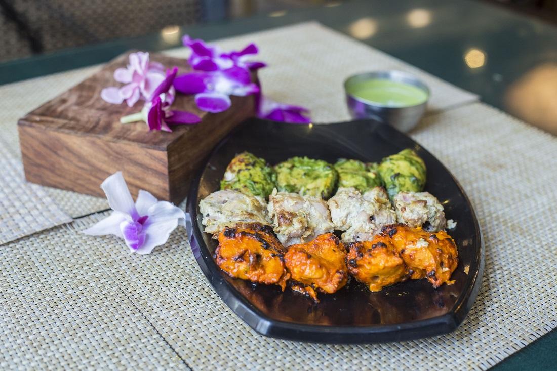 independence day- restaurant-deals