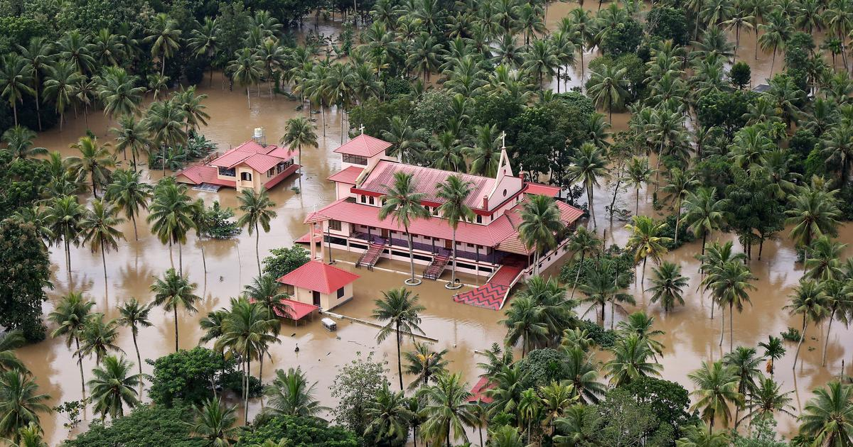 Here's How We Delhiites Can Contribute To Kerala's Relief Fund