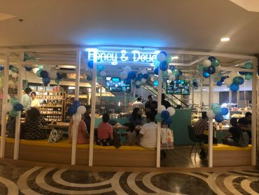 Honey & Dough in Ambience Mall