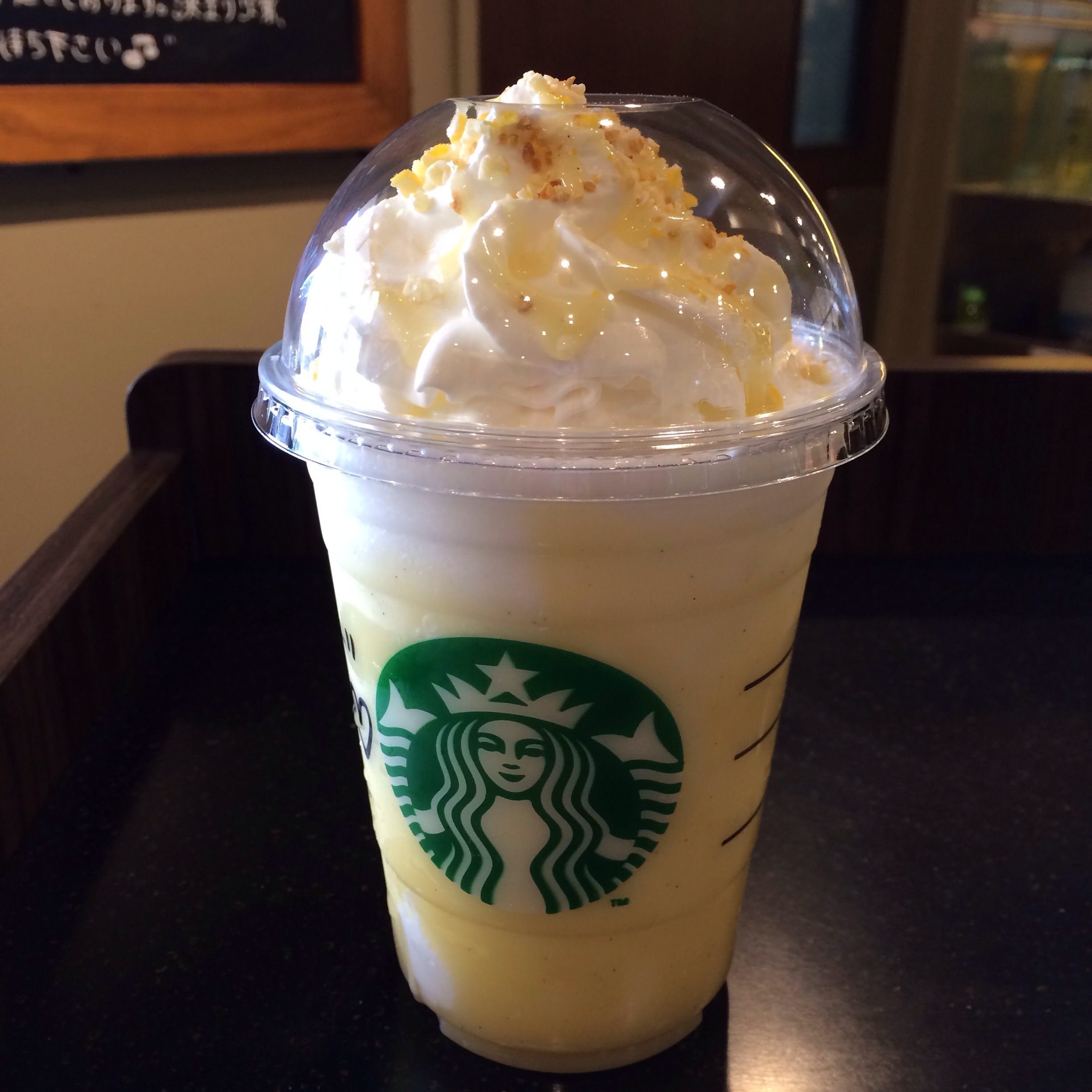 8 Drinks Like White Choco Latte For Rs 100 To Try ALL DAY